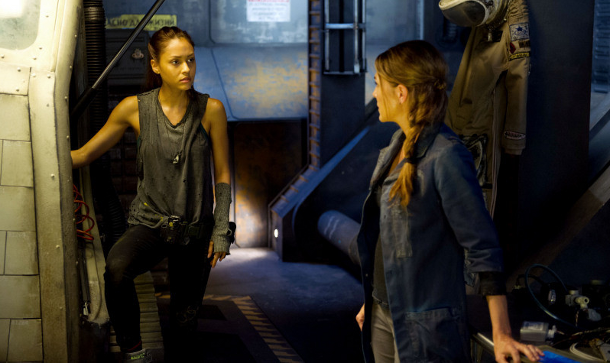 The 100 - is it a BSG spin off?
